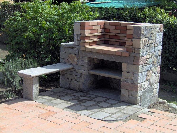 Esempio di barbecue in muratura