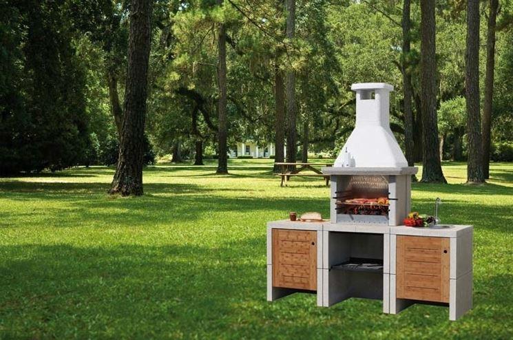 Barbecue in muratura cucina e lavello