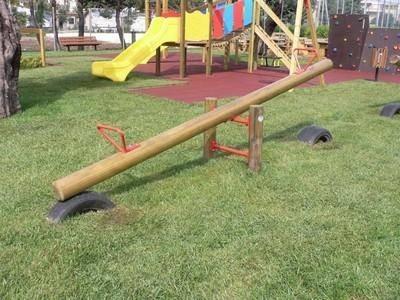 Altalena carosello giochi da giardino for Altalena da giardino per bambini chicco