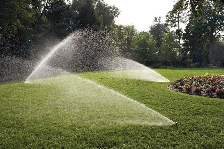 Irrigazione giardino fai da te - Impianto irrigazione - Come realizzare un im...