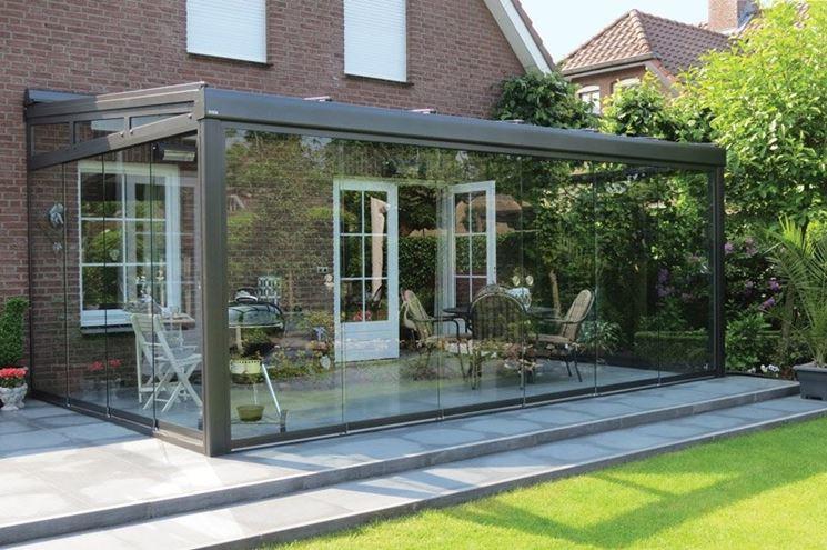 Copertura in vetro pergole e tettoie da giardino for Veranda con caminetto a gas schermato