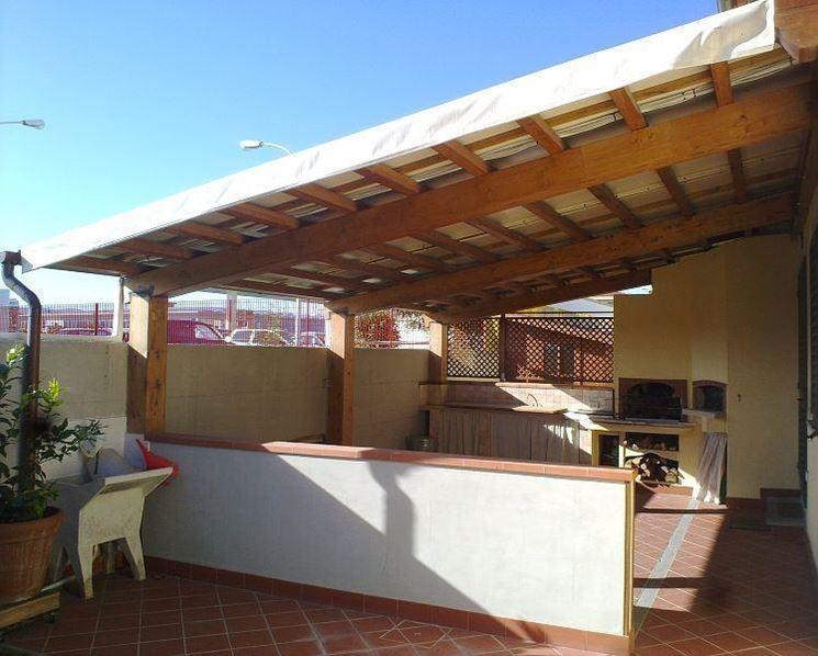 Copertura terrazzo in legno pergole e tettoie da giardino come coprire il terrazzo col legno - Mobile terrazzo legno ...