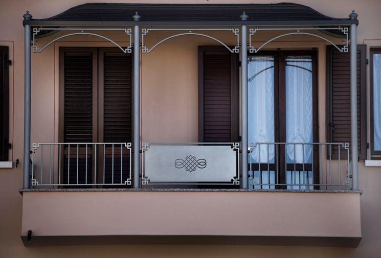 copertura balconi ferro