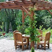 Un classico pergolato da giardino