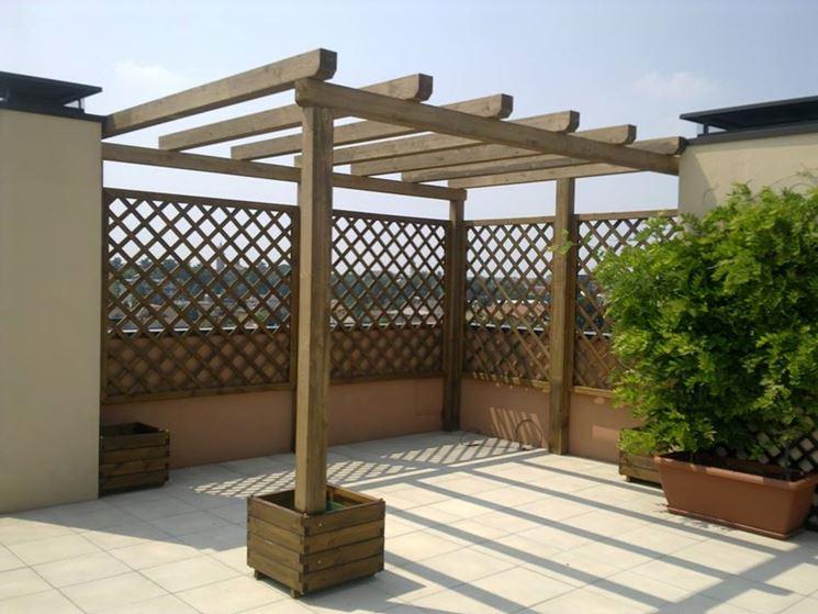 Coperture in legno per esterni pergole e tettoie da for Grate in legno per balconi