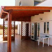 Copertura in legno per terrazza all'aperto