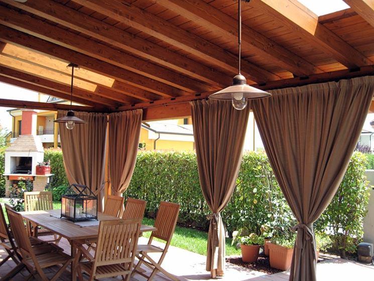 Copertura in legno per terrazzi con aperture per la luce