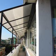 Coperture per balconi in plastica