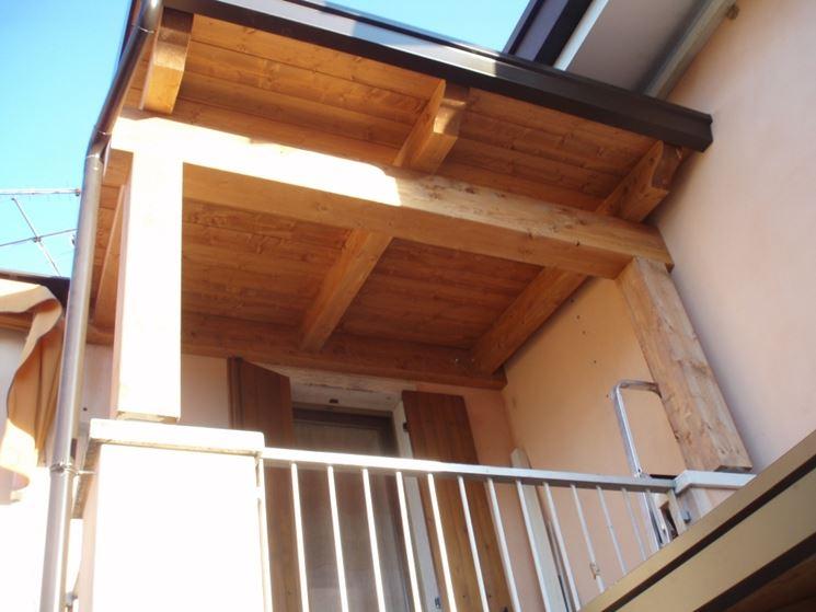 Coperture per balconi - Pergole e tettoie da giardino - Tipologie di coperture per balconi
