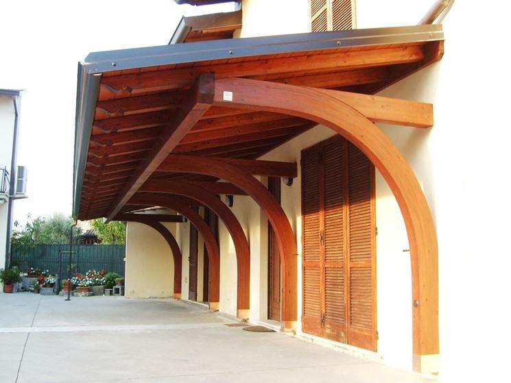 Costruire tettoia in legno pergole e tettoie da giardino for Costruire una piccola casa da soli