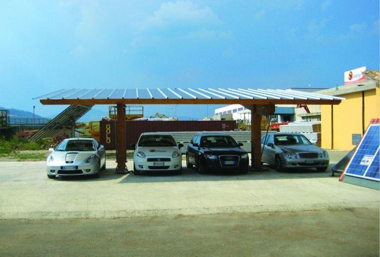 Le pensiline fotovoltaiche si integrano perfettamente nelle strutture urbane