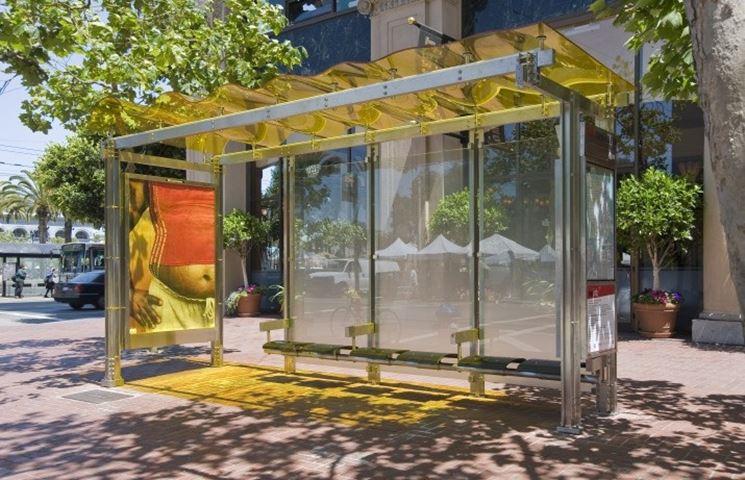L'adozione di una pensilina fotovoltaica fa aumentare il valore degli edifici attigui