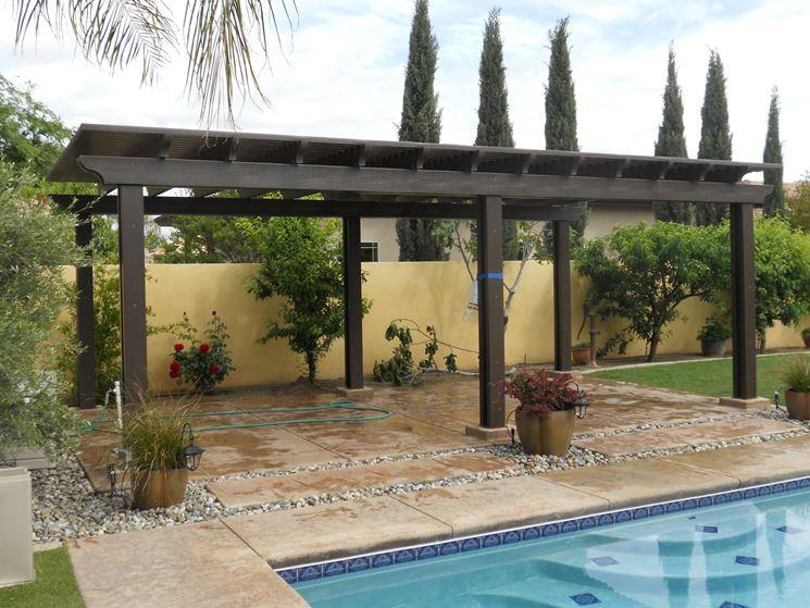 Tettoie esterne pergole e tettoie da giardino - Pergole da giardino ...