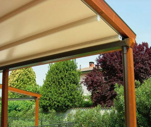 Tettoie in lamellare pergole e tettoie da giardino - Tettoia per giardino ...