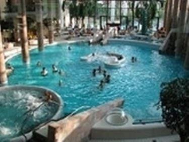 piscina torino2