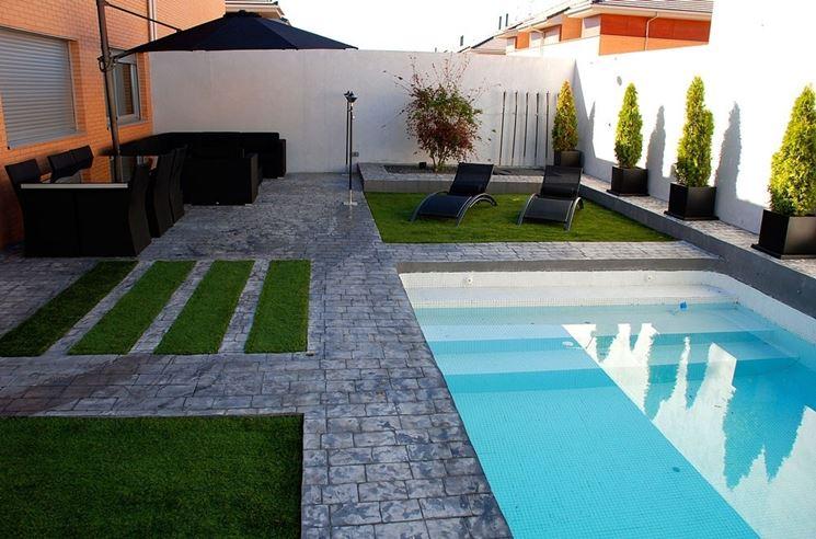 Aiuole giardini progettazione giardini progettare for Diseno jardin con piscina