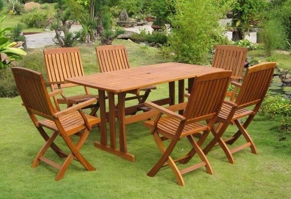 Arredare il giardino progettazione giardini consigli - Tavoli e sedie da esterno ...