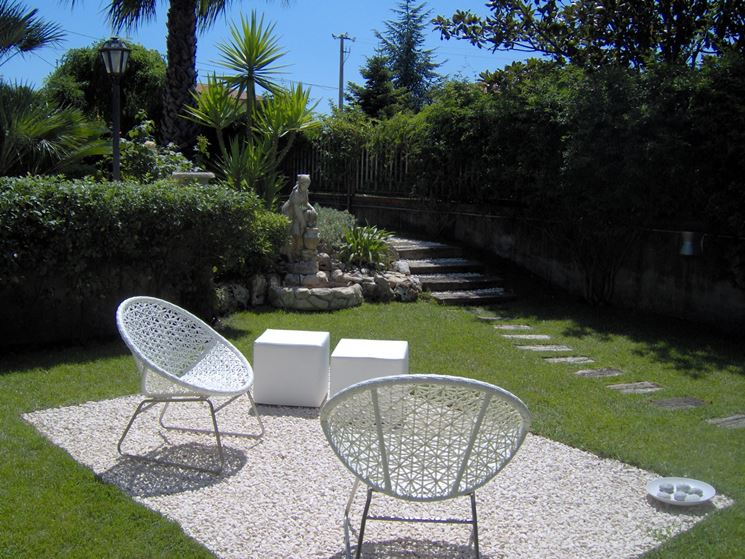 Ghiaia per giardini progettazione giardini ghiaia per for Ghiaia da giardino