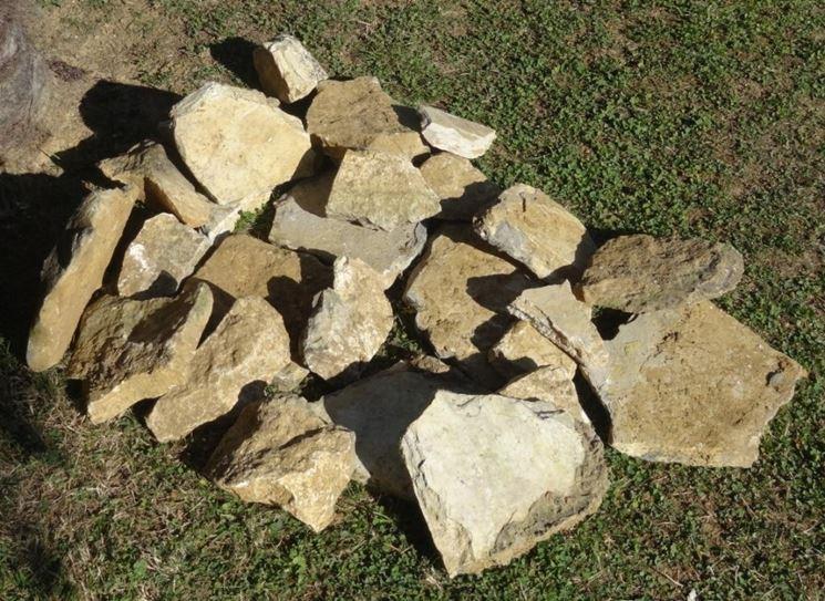 Giardini rocciosi fai da te progettazione giardini for Pietre da giardino