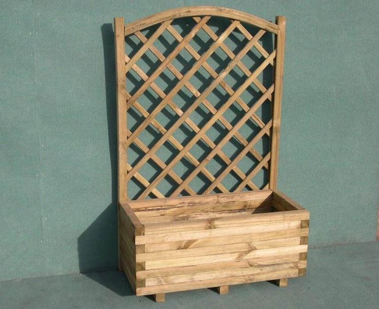fioriera grigliato legno giardino