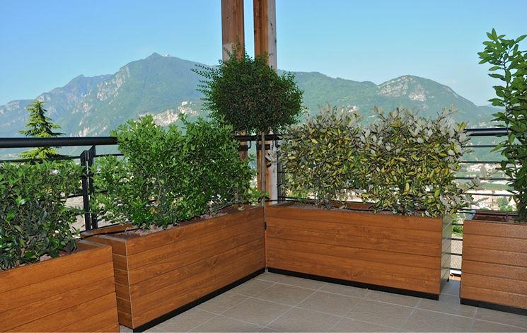 Fioriere in pvc vasi e fioriere pvc per fioriere for Vasi di legno
