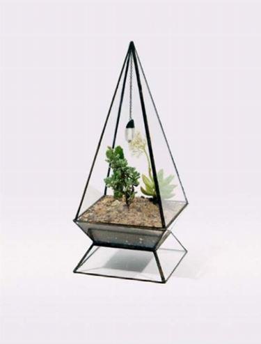 Un vaso in vetro particolare
