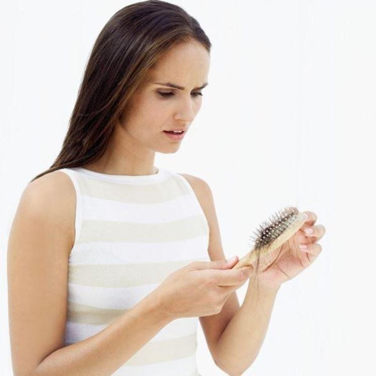 serenoa repens contro la caduta dei capelli