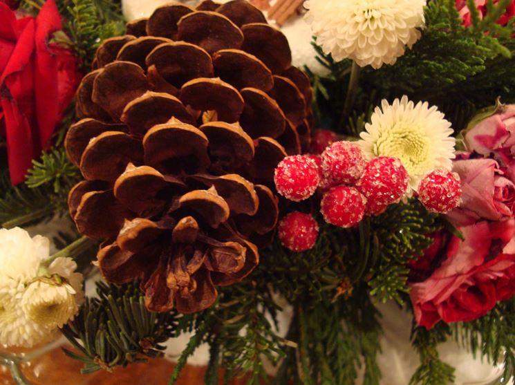 Decorazioni floreali natalizie
