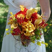 Bouquet primaverile dai colori accesi