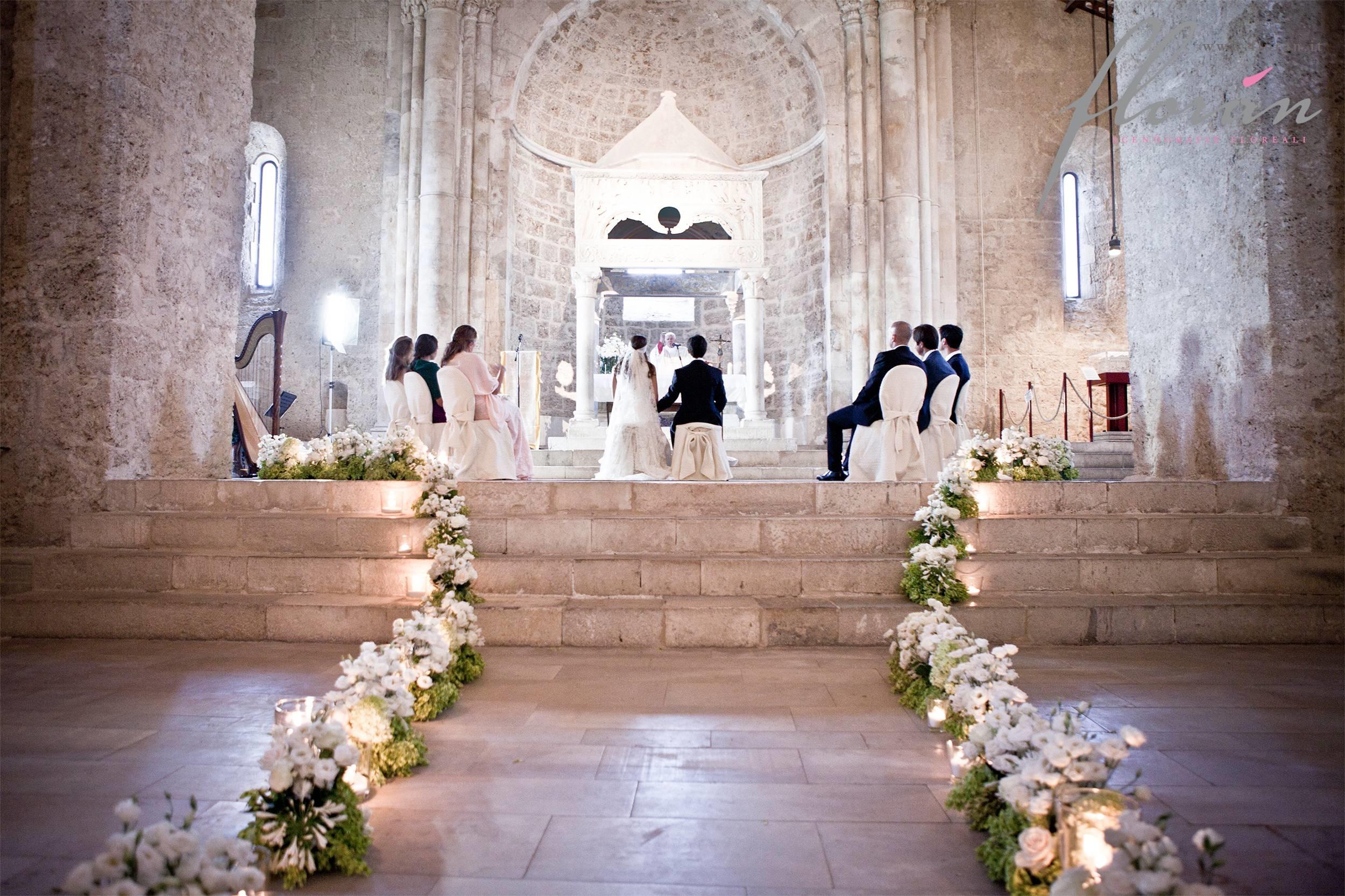 Matrimonio Natale Chiesa : Addobbi matrimoni regalare fiori come realizzare