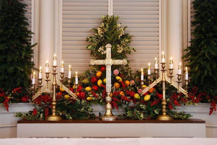 Composizioni floreali liturgiche per il Natale