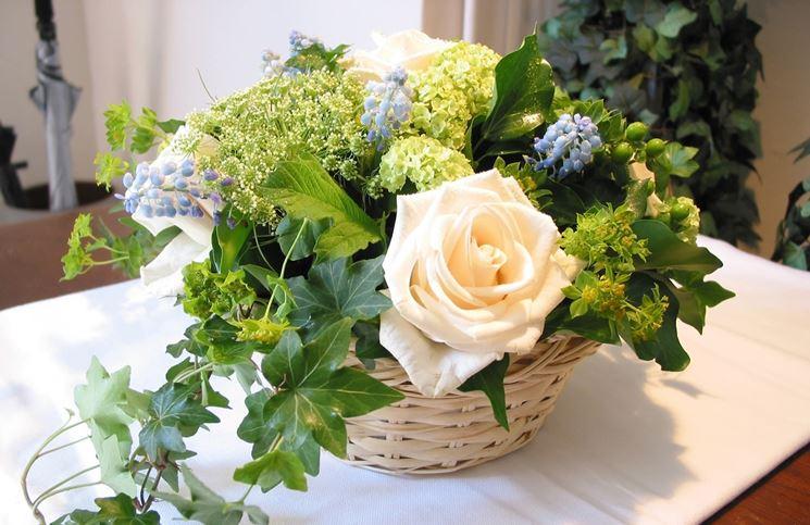 Decorazioni floreali regalare fiori tipi di - Decorazioni fiori finti ...