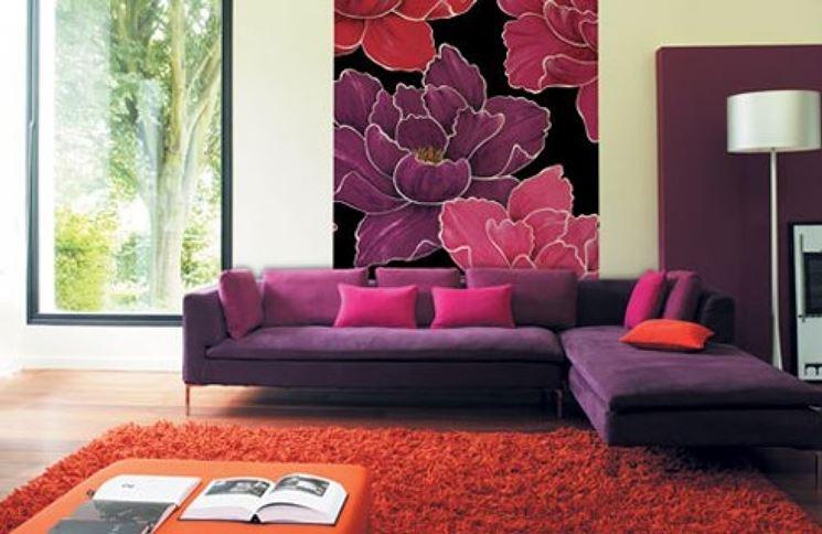 Salotto con quadro floreale