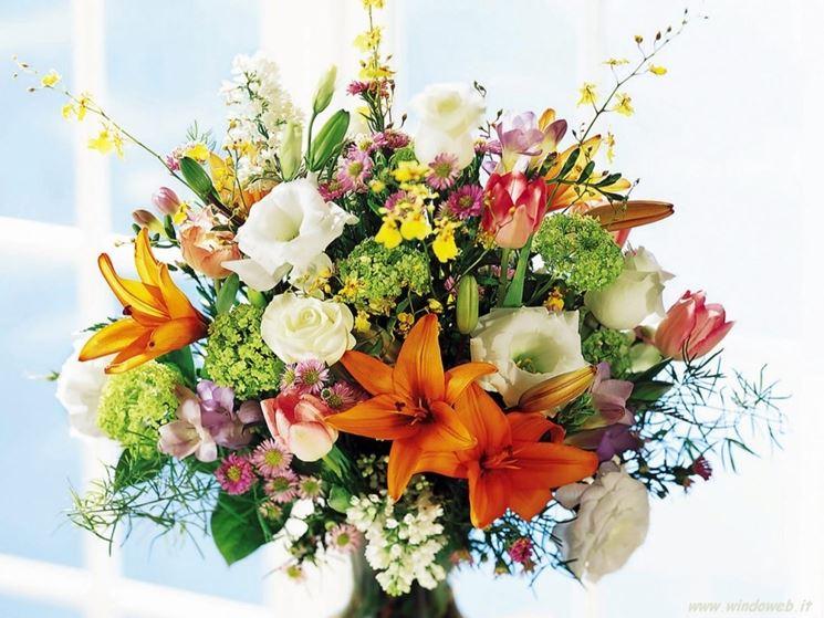 Composizioni con rosmarino e orchidee