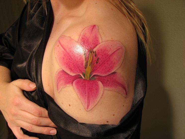 giglio tatuato