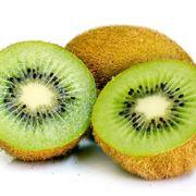 Kiwi verde: polpa verde e semi neri a raggiera