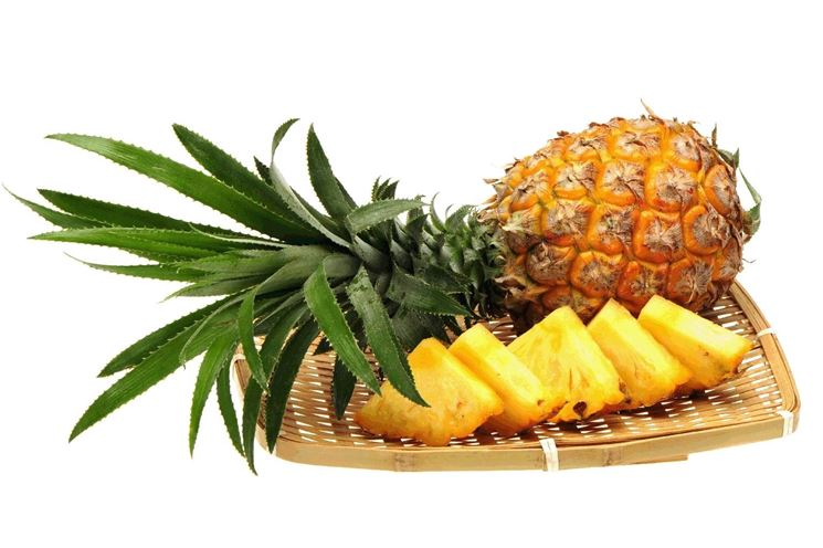 Gustose fettine di ananas