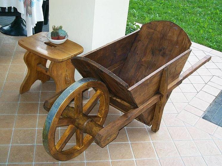 carriola legno casa