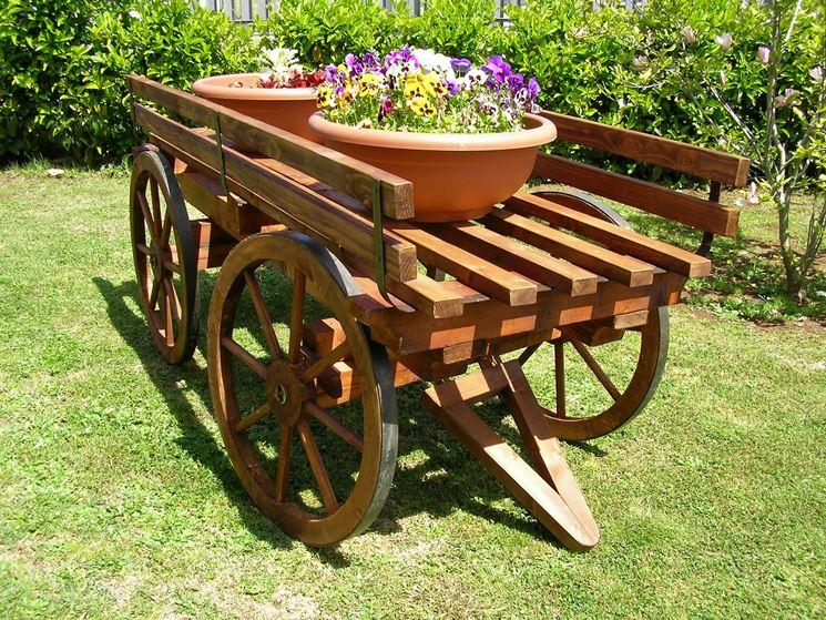 Carriola in legno attrezzi giardino carriola in legno for A buon mercato una casa di legno