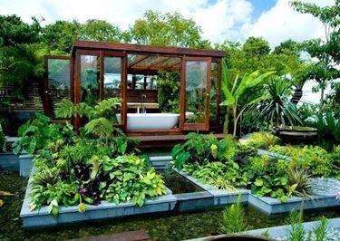 Piccola spa in giardino