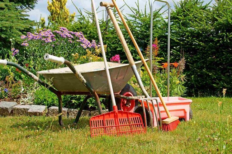 manutenzione attrezzature giardino