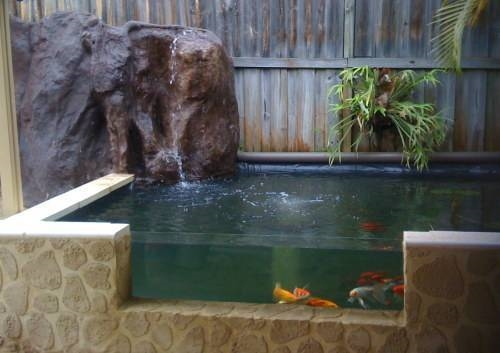 Costruzione cascata da giardino idee di design nella for Costruire laghetto da giardino