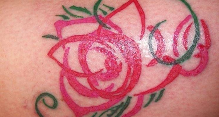 Tatuaggio rosa del deserto