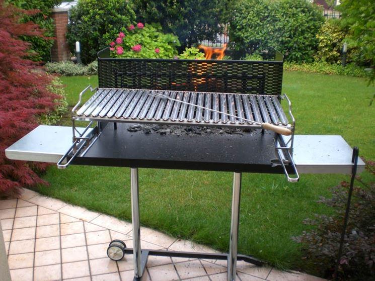 barbecue regolabile giardino