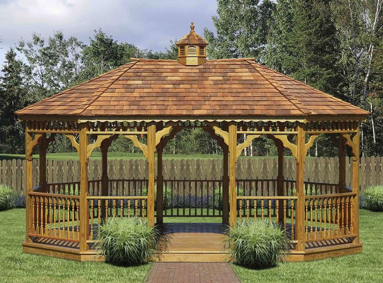 Arredamento da giardino in legno accessori da esterno for Gazebo legno arredamento