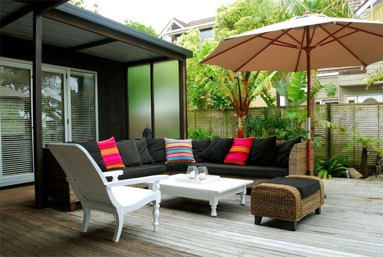 Arredamento terrazzo accessori da esterno arredamento for Mobili giardino terrazzo