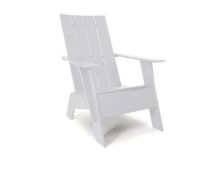 Sedia in plastica per giardino