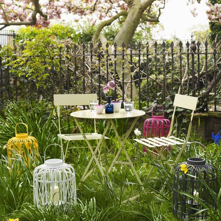 Tavolino da giardino
