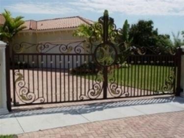 Cancello in ferro battuto