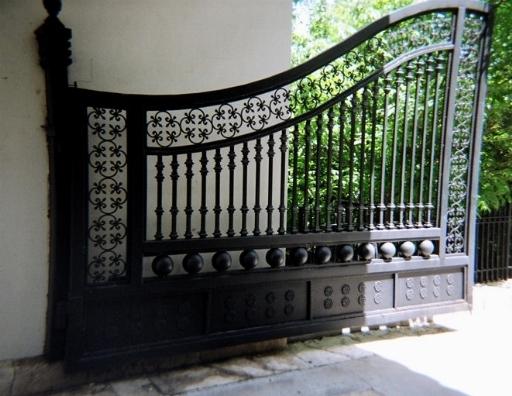 Cancelli in ferro cancelli cancelli in ferro - Cancelli in legno per giardino ...